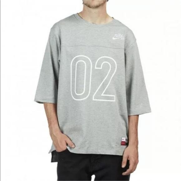 Nike SB Skateboard 34 Sleeve Raglan Crew T Shirt NWT